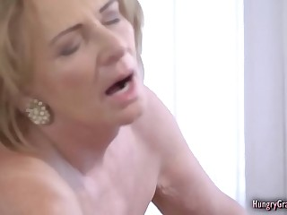 Bigtitted granny fucked overwrought a brace
