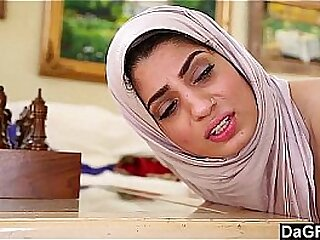 Arab Sexy Lady Fucks With Christian Suppliant